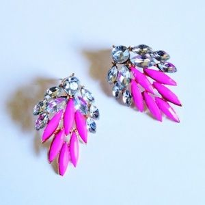 💕 PINK CRYSTAL FEATHER EARRINGS! 💕